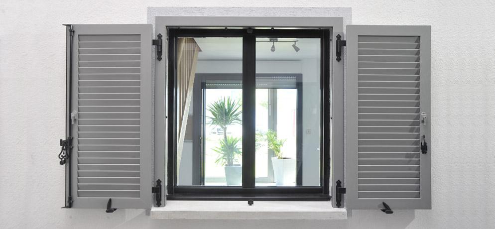 vetrotenda snc. Black Bedroom Furniture Sets. Home Design Ideas